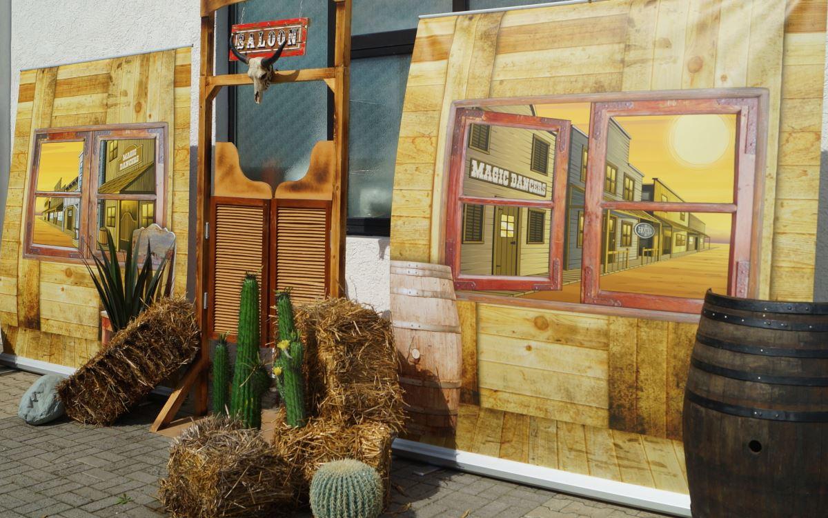 western. Black Bedroom Furniture Sets. Home Design Ideas